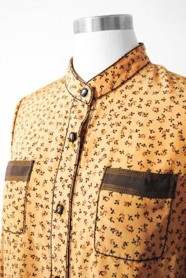 Vintage blouse by ColourFreakVintage