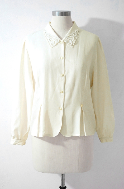 Japnese vintage blouse by ColourFreakVintage